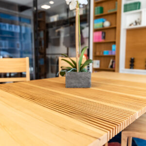 Esstisch ausziehbar mit Stühlen aus Holz